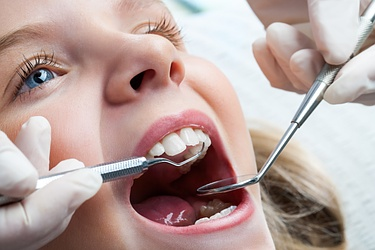 Paediatric dentistry - Freesia Alba - Lausanne